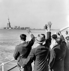 statue-of-liberty-arrival